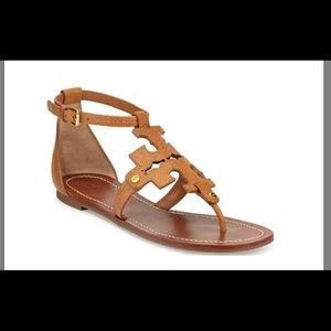Tory Burch Tan Sandals ( New w/ box). Never worn.